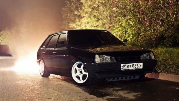 Эксперты составили ТОП-10 самых популярных авто среди бандитов 90-х