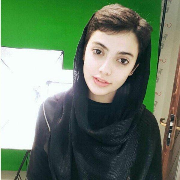 Иранскую гимнастку арестовали за танцы в собственной спальне