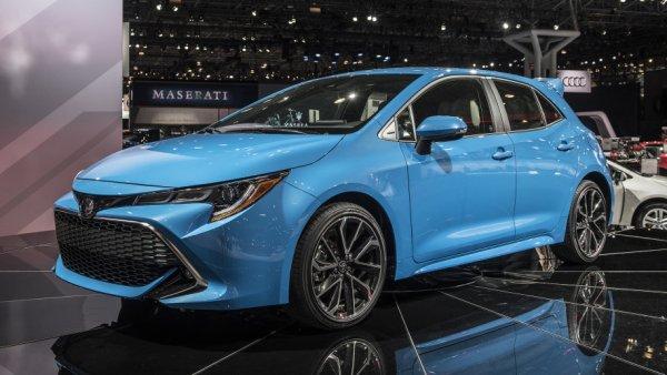 «Заряженный» хэтчбек на базе Toyota Corolla могут превратить в гибрид