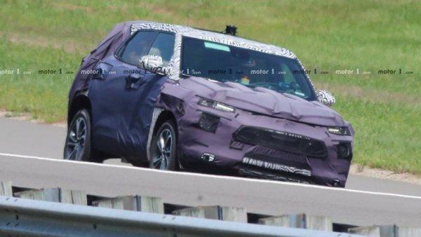 Обновленный кроссовер Chevrolet Trax вывели на тесты