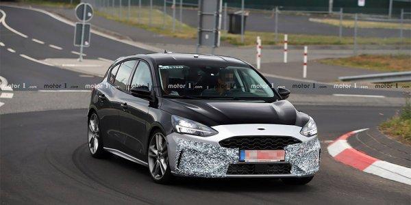 Спортивный Ford Focus ST проходит тесты почти без камуфляжа