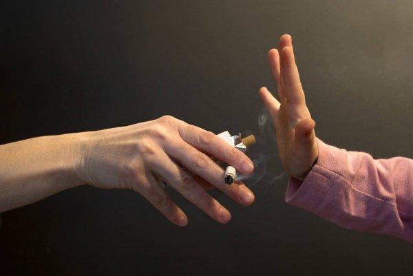 Ученые: Пассивное курение в детском возрасте может привести к смерти от болезней легких во взрослом