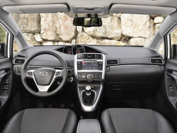 Компания Toyota перестанет продавать компактвэн Toyota Verso в ЕС