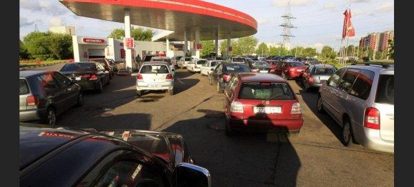 Бардак на трассе: На заправках по М4 «Дон» пожаловались на часовые очереди