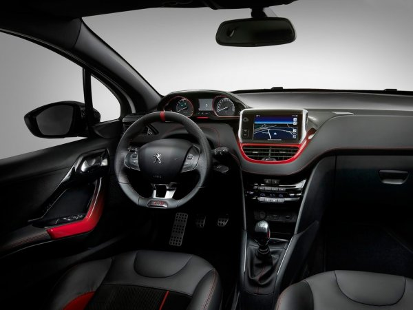 Хэтчбек Peugeot 208 нового поколения станет легче и мощнее предшественника