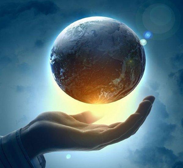 Конец света будет началом новой жизни: Расшифрованы записки Ньютона об апокалипсисе