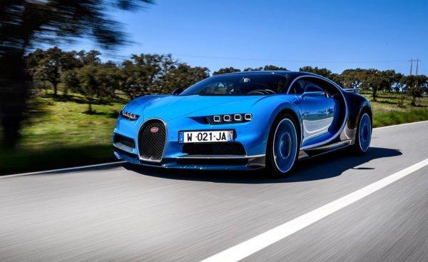 LEGO показала полноразмерную копию Bugatti Chiron