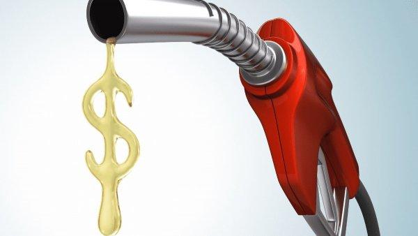Эксперты составили ТОП-3 лучших способа экономии топлива