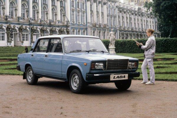 «На новинки нет денег»: Россияне требуют у «АвтоВАЗ» вернуть «Копейки» и «Семёрки»