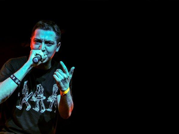 Рэпера Oxxxymiron обвинили в массовой бойне в Керчи