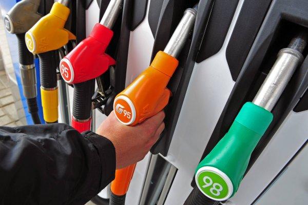 Эксперты рассказали, как похищают бензин на АЗС
