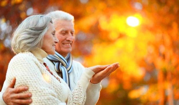 Антипинский НПЗ поздравил пенсионеров с Международным днем пожилых людей