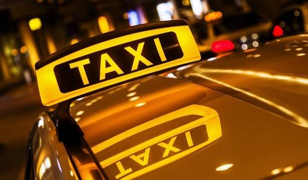 Водитель такси изнасиловал 16-летнюю пассажирку