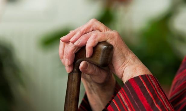 Тюменка заплатила своей матери-пенсионерке, чтобы не лишиться автомобиля