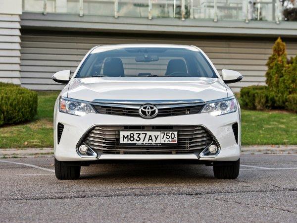 Toyota Camry по цене Hyundai Solaris: Можно ли недорого купить «японца» рассказали эксперты
