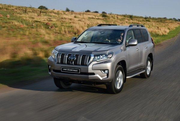 «Японская ГАЗель»: Вместительность нового Toyota Land Cruiser Prado восхитила эксперта