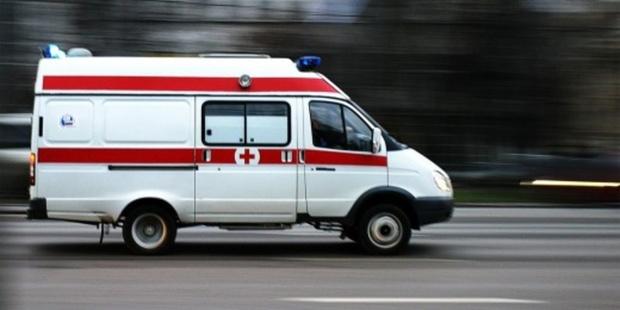 Женщина выжила, упав с высоты четвертого этажа