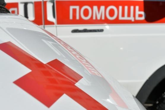 Листом фанеры, выпавшим из грузовика, убило 5-летнего мальчика
