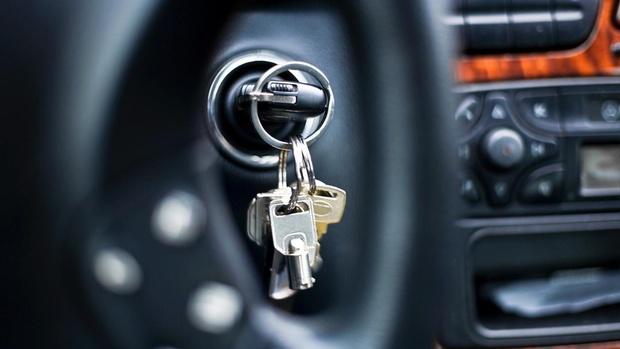 В Тюмени осудили водителя, который поехал за сигаретами на машине сожительницы