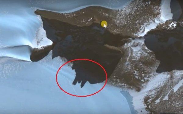 Уфологи в Антарктиде нашли развалины замка, где могли жить пришельцы