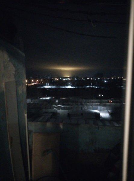 Жители Омска испугались странного свечения над Левобережной частью города