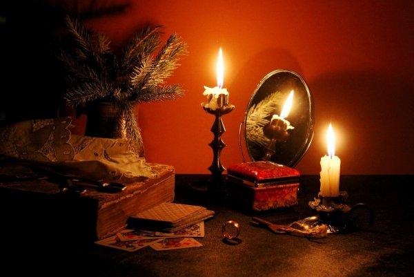 Экстрасенсы рассказали о популярных гаданиях в новогоднюю ночь