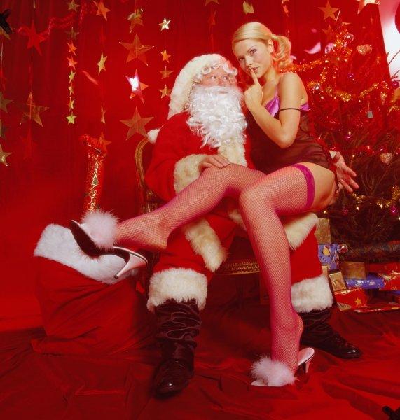 Сексолог призвал россиян беречь силы перед новогодней ночью