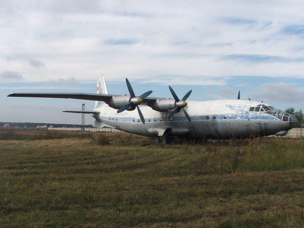 Отсутствие льгот и будущего: именно поэтому украинские лётчики и инженеры бегут в Россию