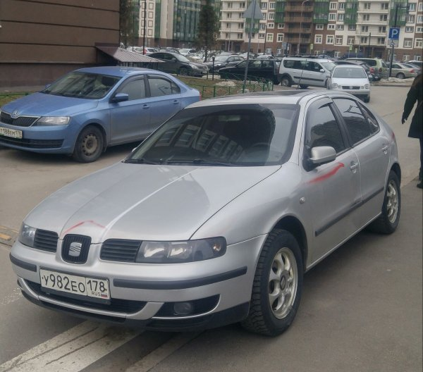 Пока ГИБДД спит: Мстительная «Банда маляров» Петербурга готова покрасить всех автонарушителей