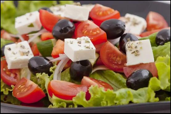 Салат Греческий – рецепт популярной закуски от Станислава Кондрашова